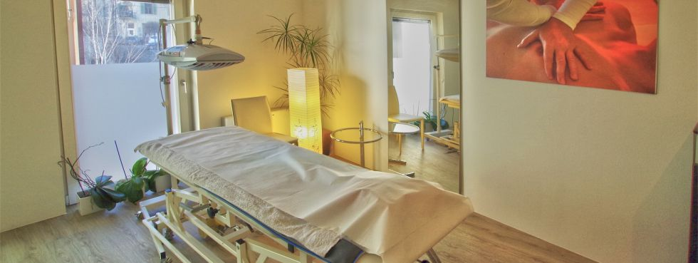 Physio-Horn Südtirol / Meran / Burggrafenamt  im Team bieten wir:  Physiotherapie - Osteopathie - Golfphysio -  Massage - Ernährungsberatung - Psychotherapie - Hypnosetherapie